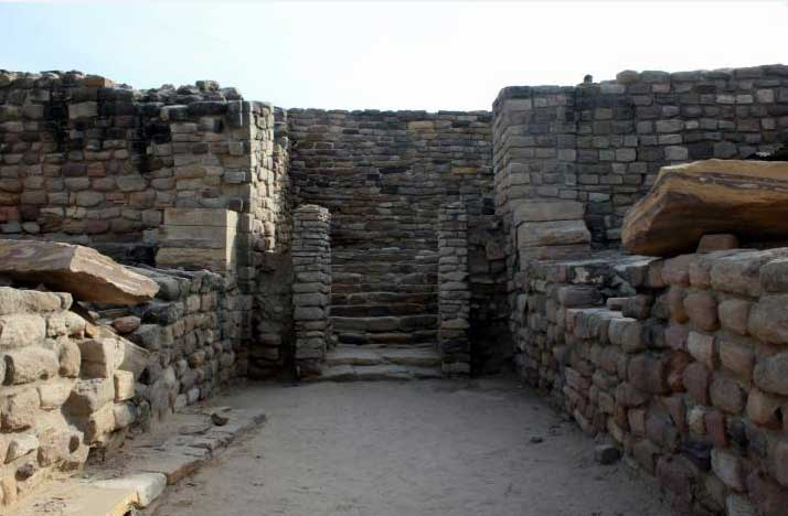 castle wall, dholavira