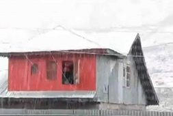 sonmarg-of-kashmir-receives-snowfall-see-the-video