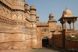 visit-to-gwalior-the-witness-of-countrys-first-war-of-independence