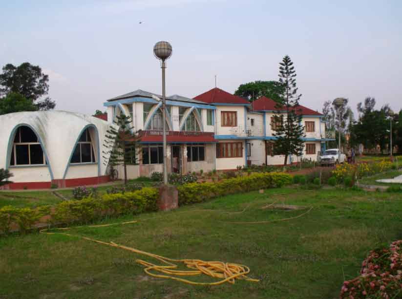tribeni sangam tourist lodge