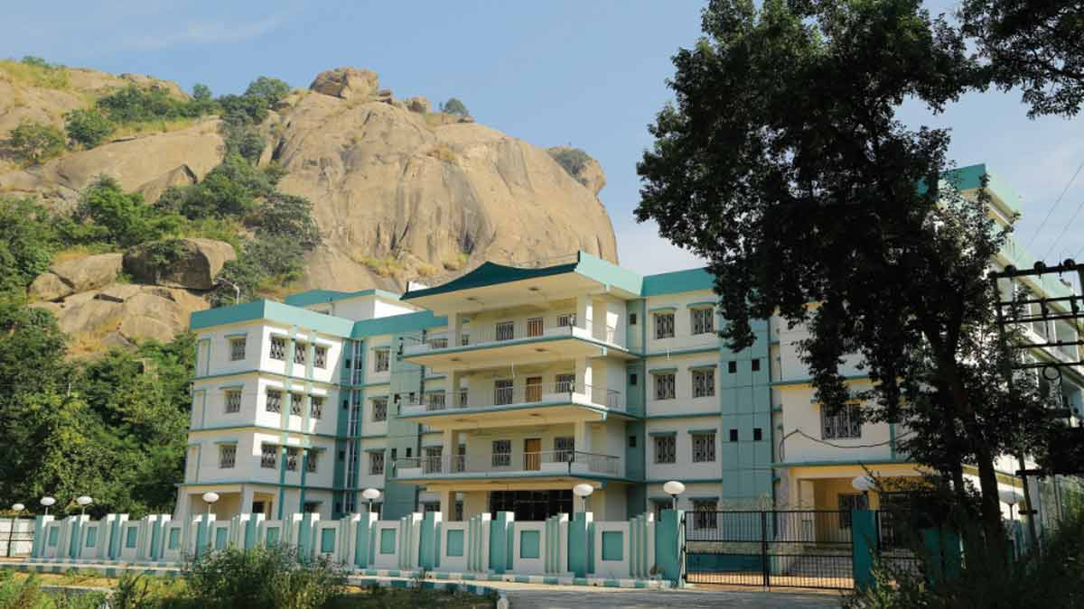 youth-hostel_joychandipahar